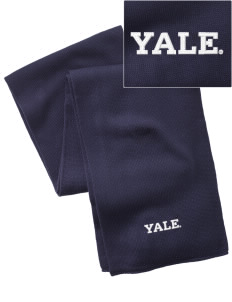 Yale University Bulldogs  Embroidered Knitted Scarf